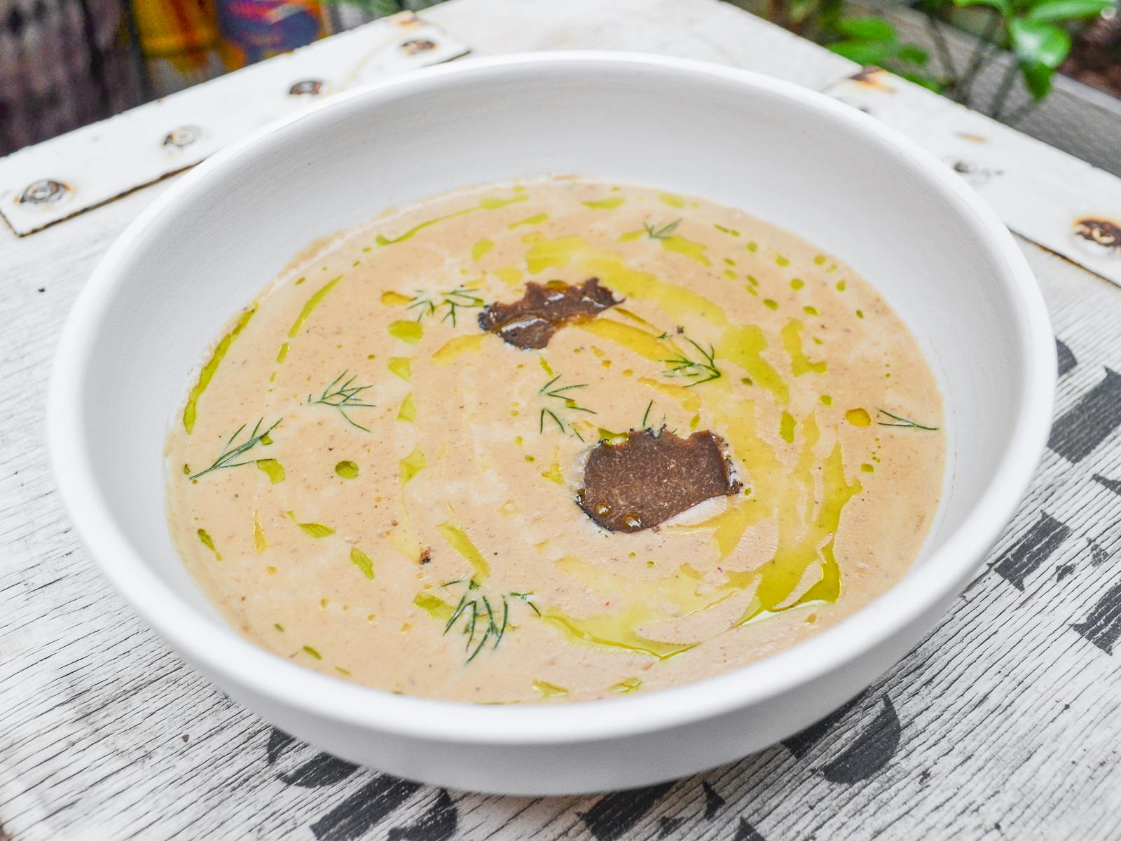 Крем-суп из белых грибов с трюфелем