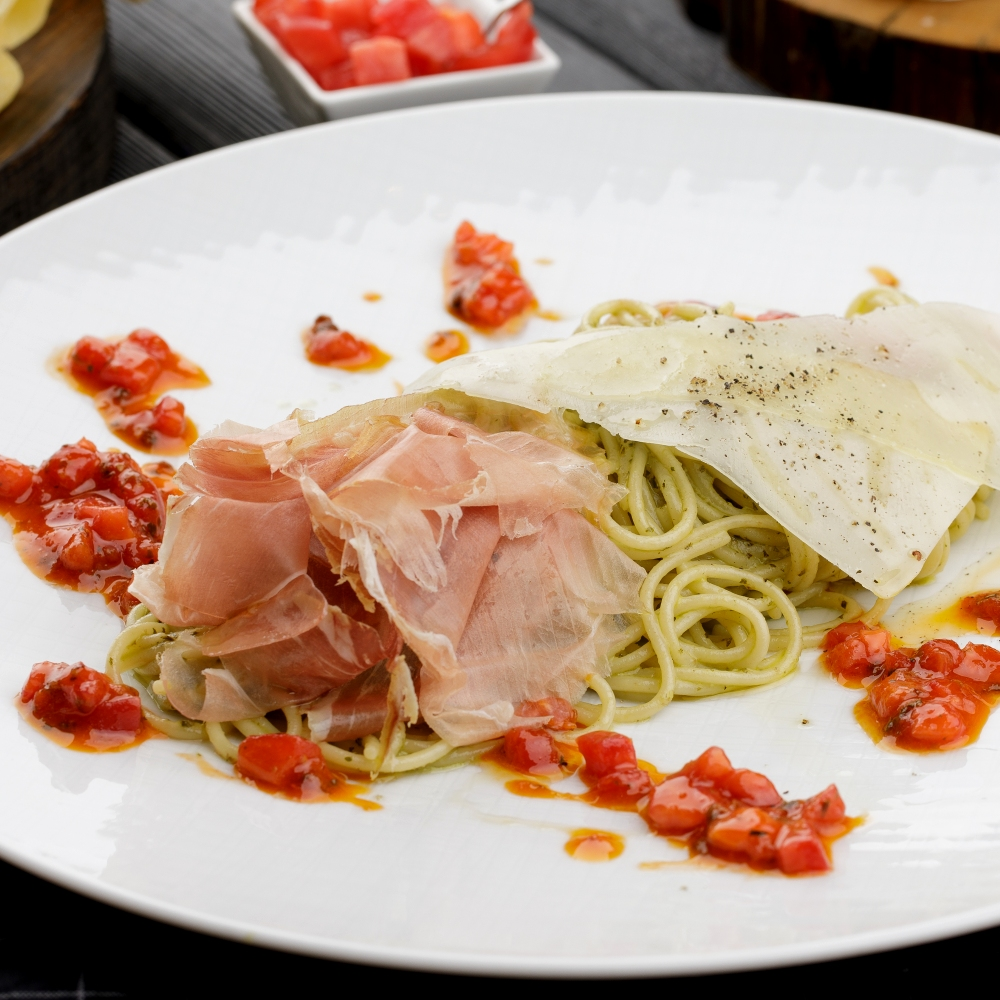 Лигурийские спагетти с пармой