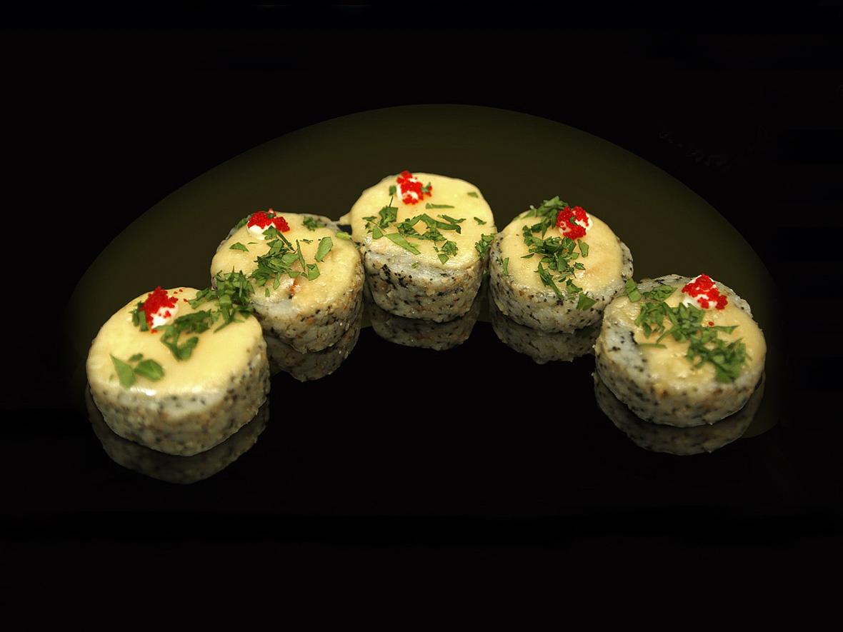 Ролл Футомаки запеченный с лососем
