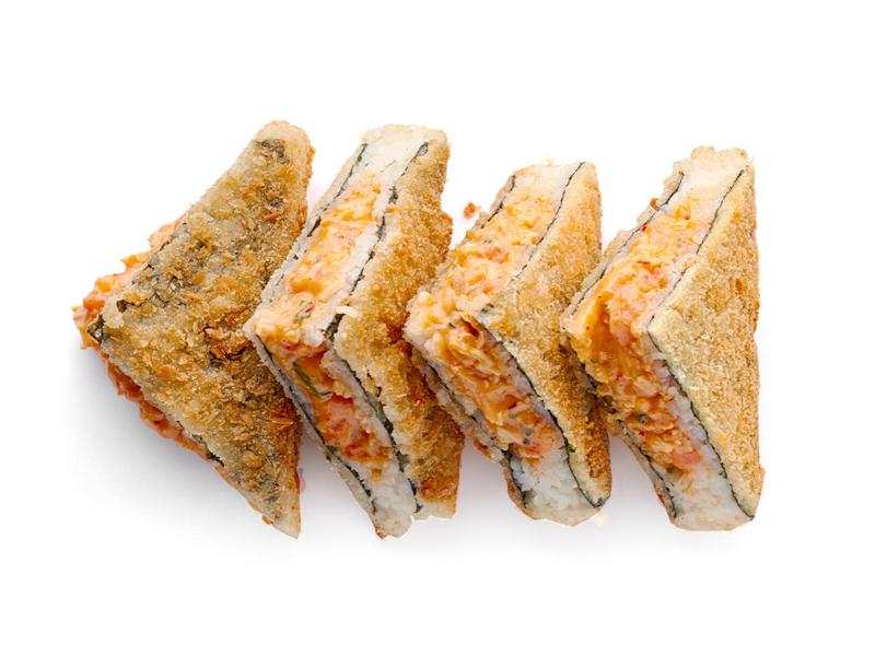 Сэндвич-ролл с лососем и крабом