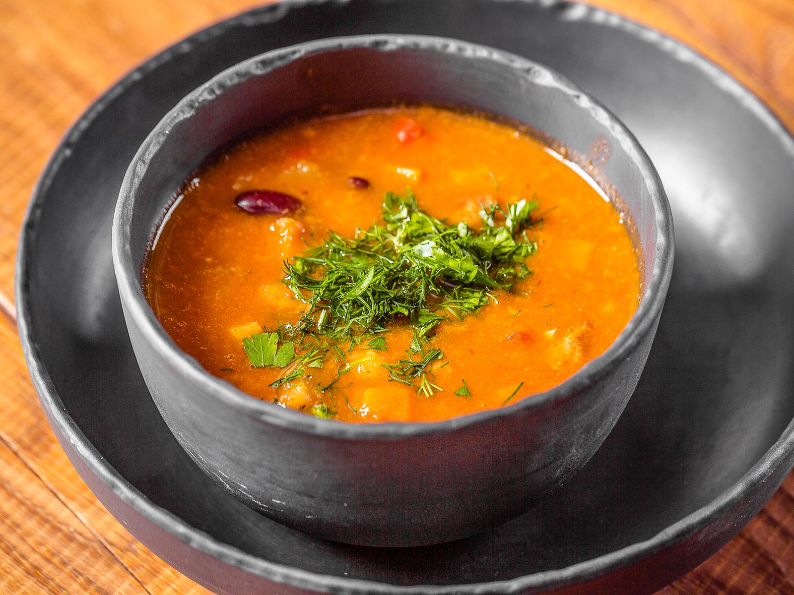 Наваристый суп гуляш по-венгерски