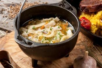 Суп-лапша куриная с потрошками