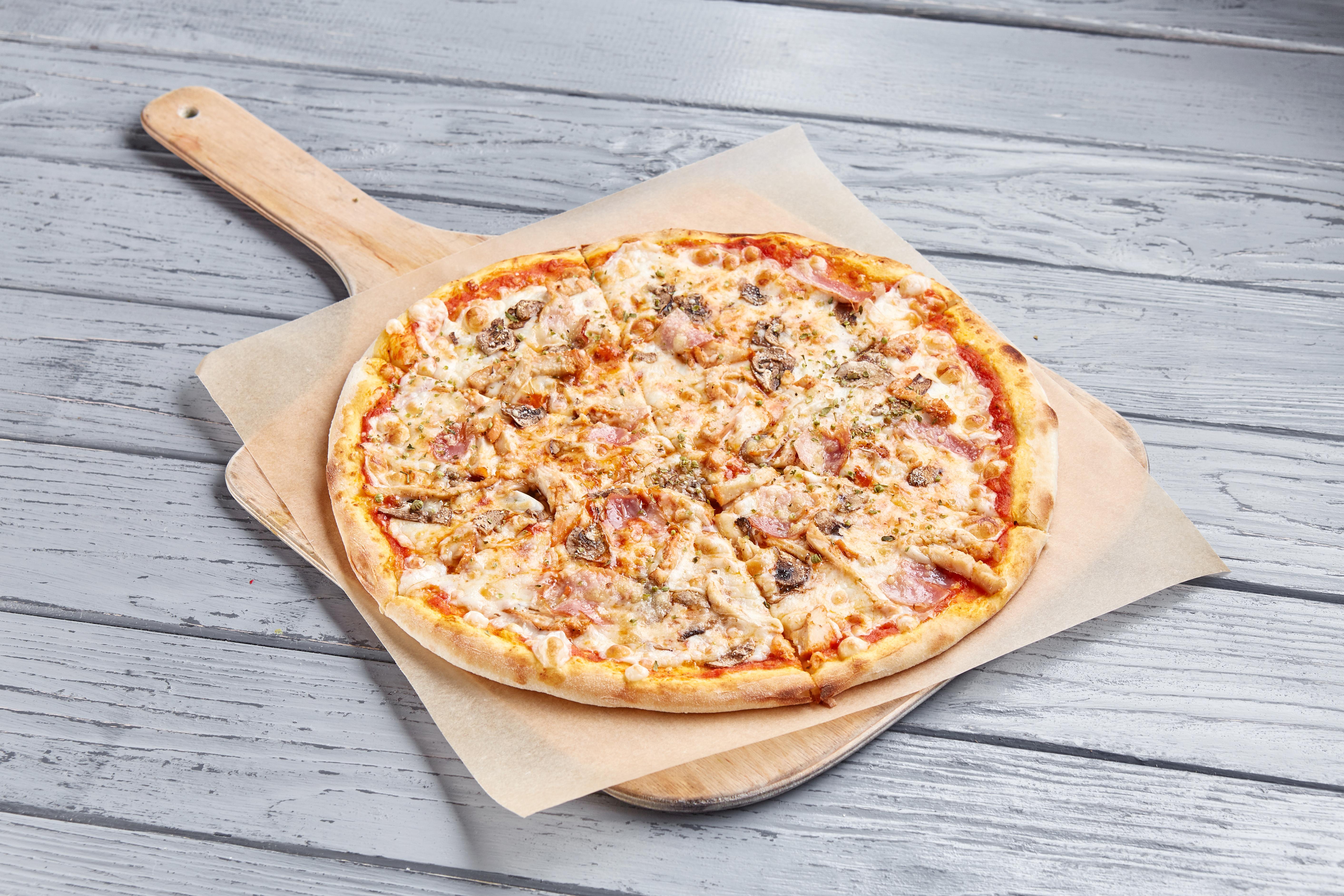Пицца Поло с куриной грудкой