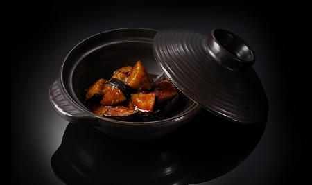 Тушеные баклажаны в чесночном соусе (250 гр)