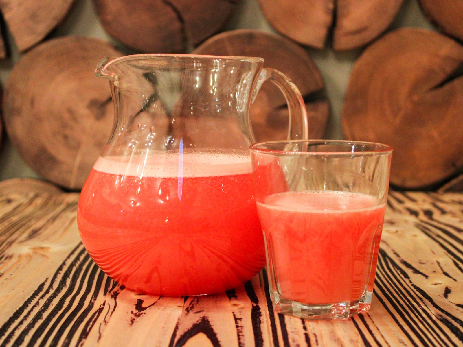 Свежевыжатый сок грейпфрут