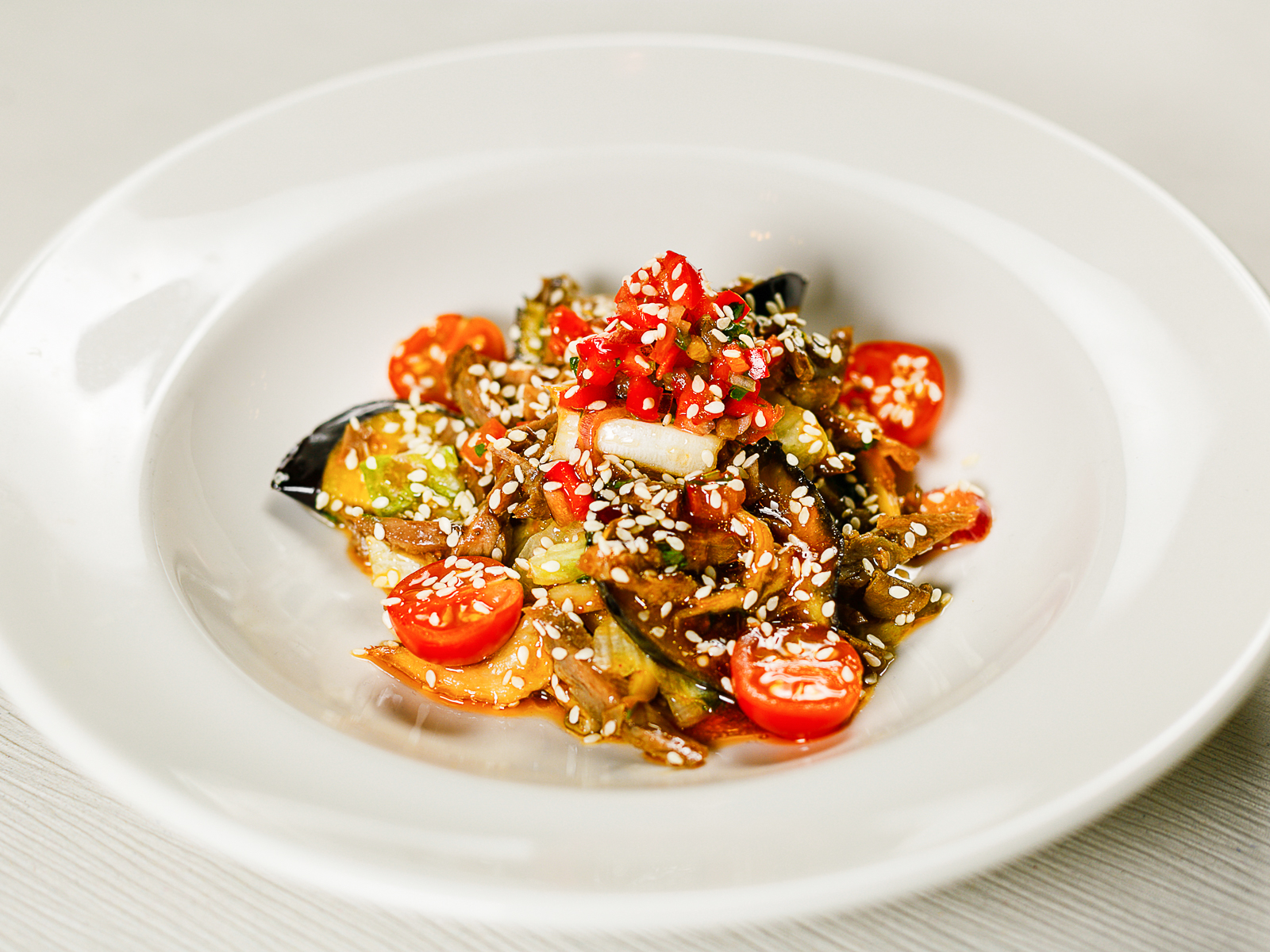 Салат из говядины в азиатском стиле