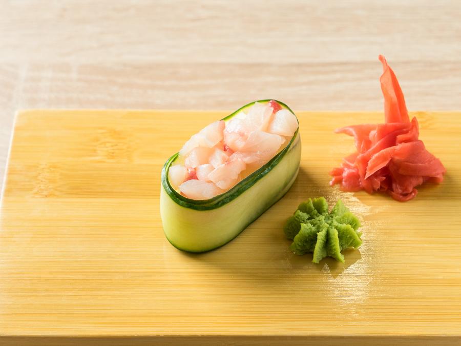 Каппа-суши с морским окунем