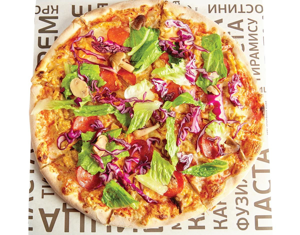 Пицца с курицей и Пепперони