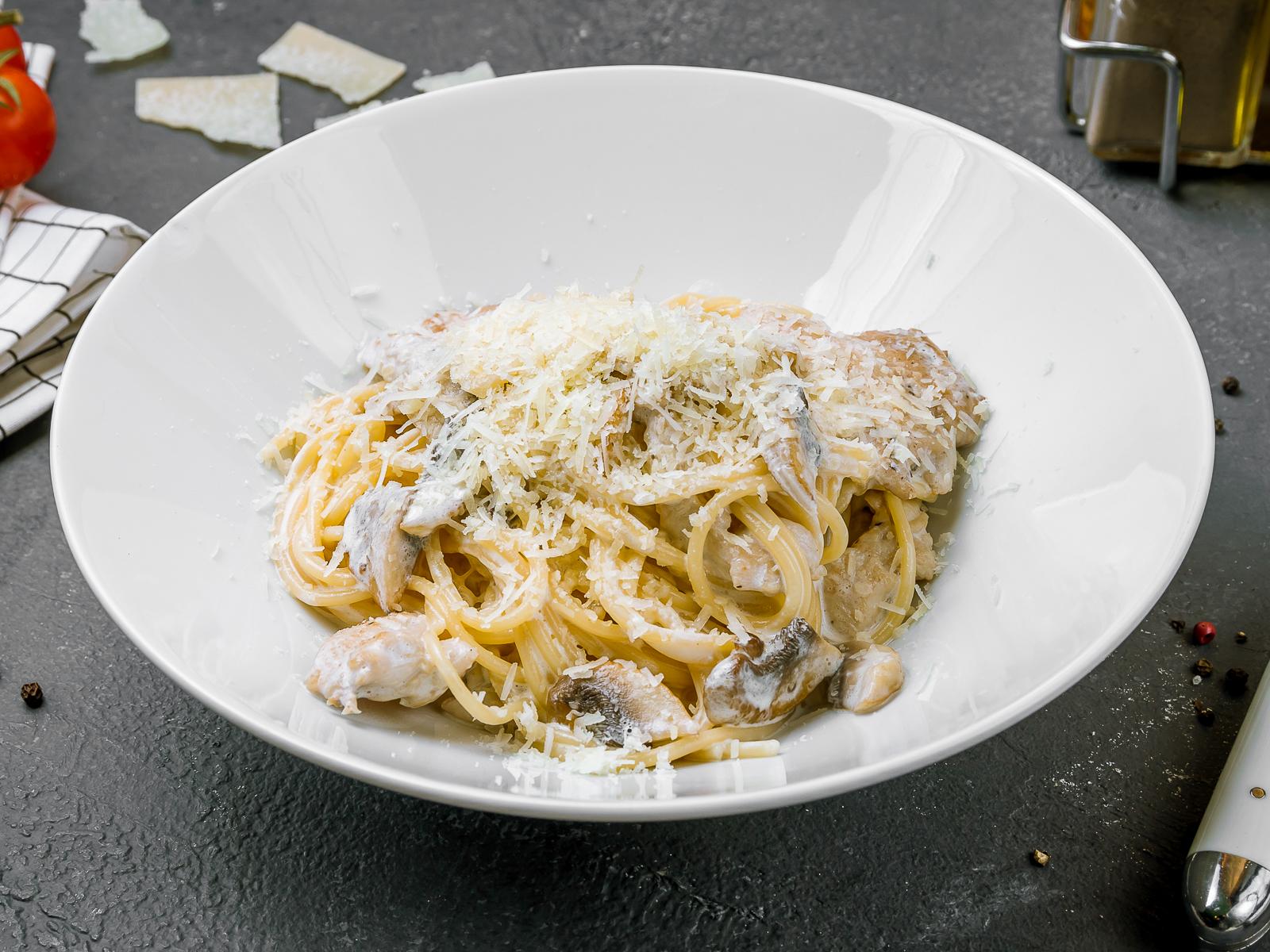 Паста Флорентина с цыпленком