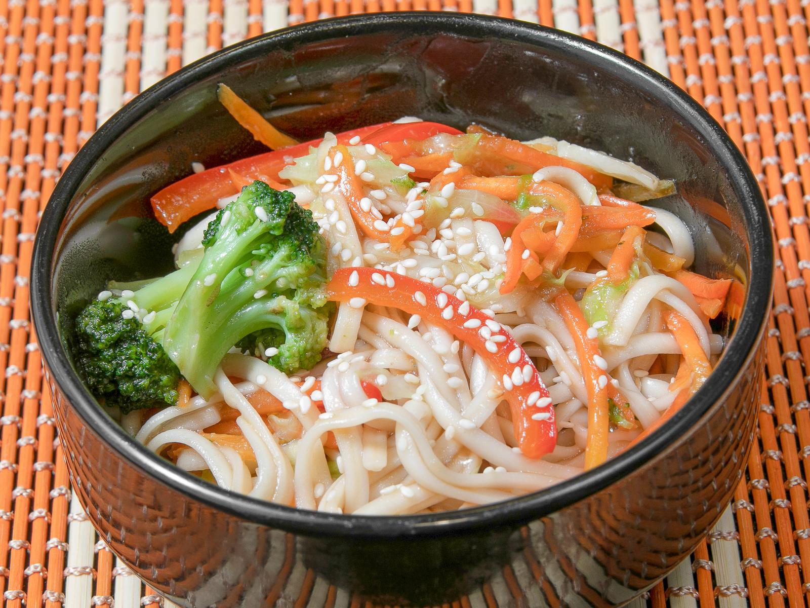 Лапша Фо-Хо с овощами