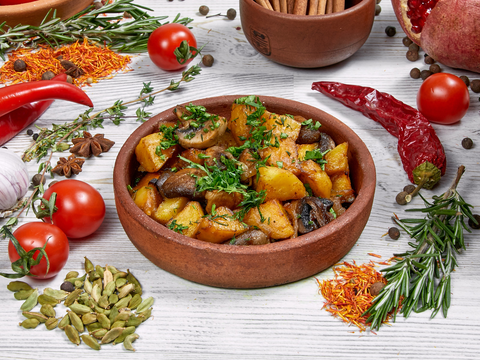 Картофель, жаренный по-домашнему с грибами