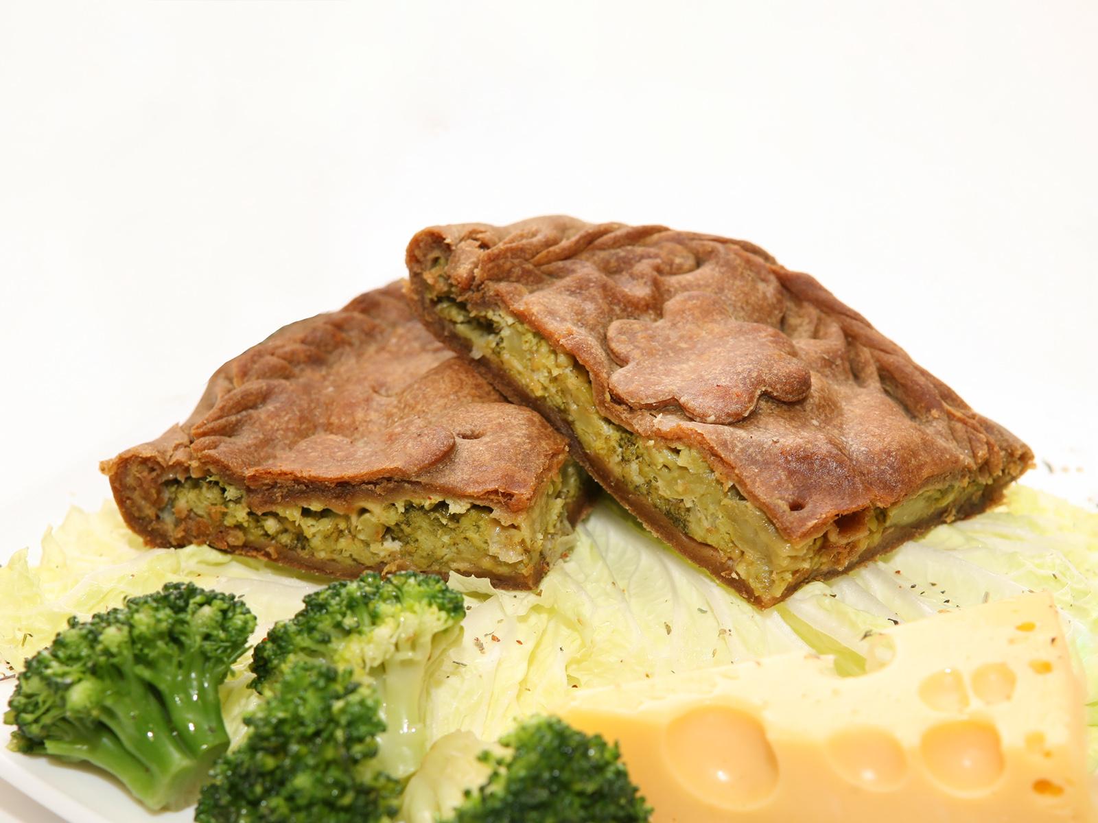 Ржаной пирог с овощами и сыром