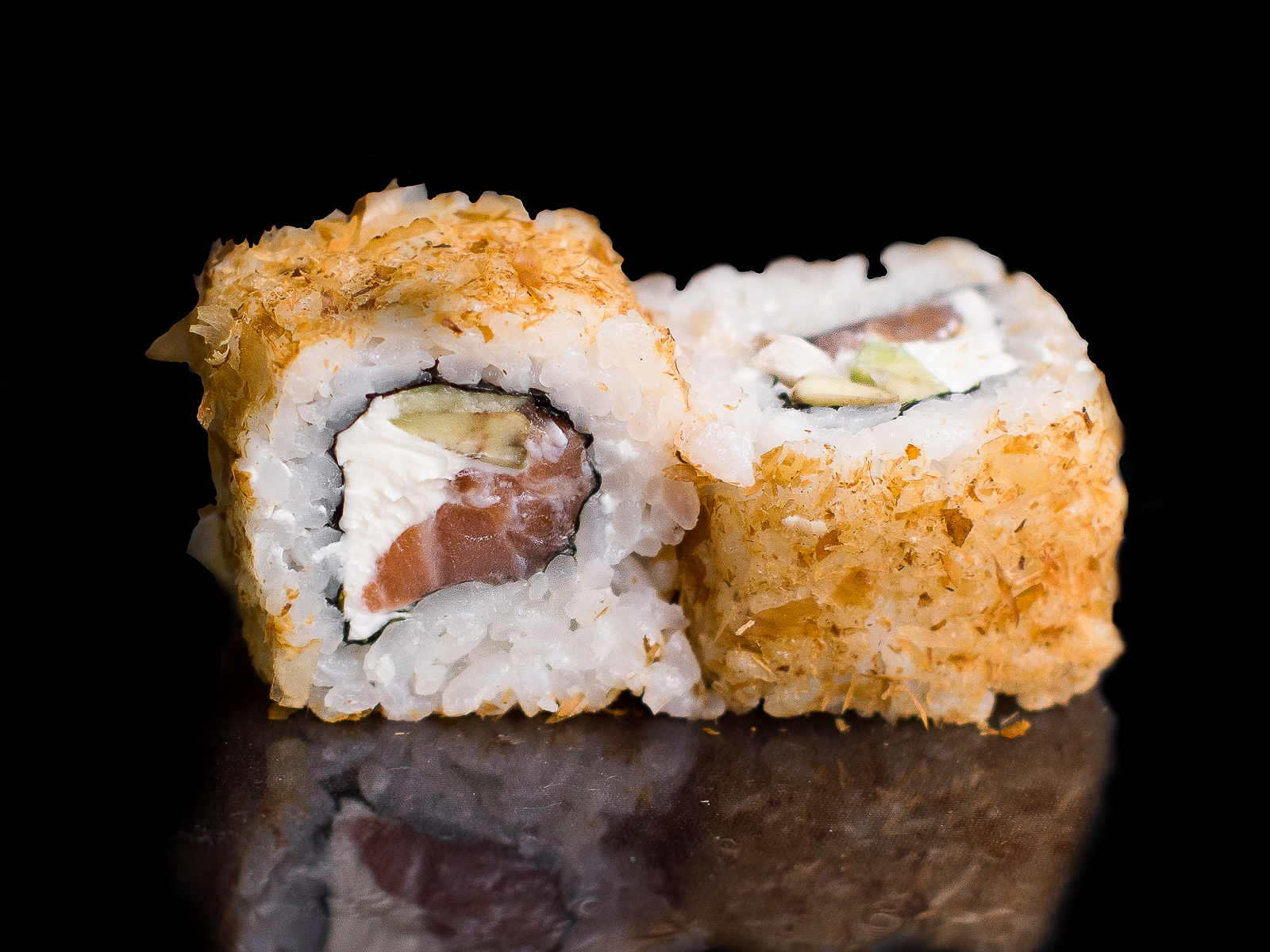 Ролл Бонито с лососем