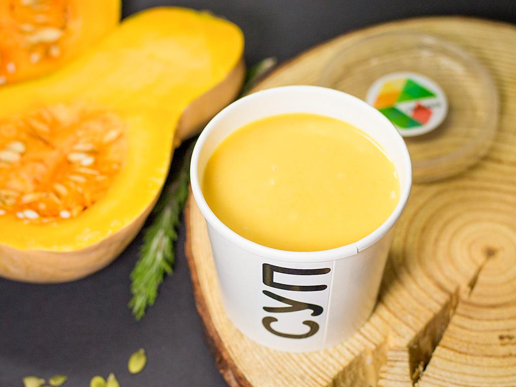 Тыквенный крем-суп с семечкам