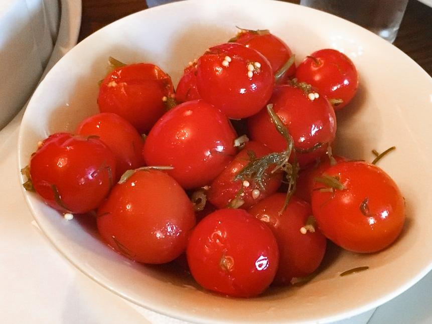 Маринованные помидорки черри