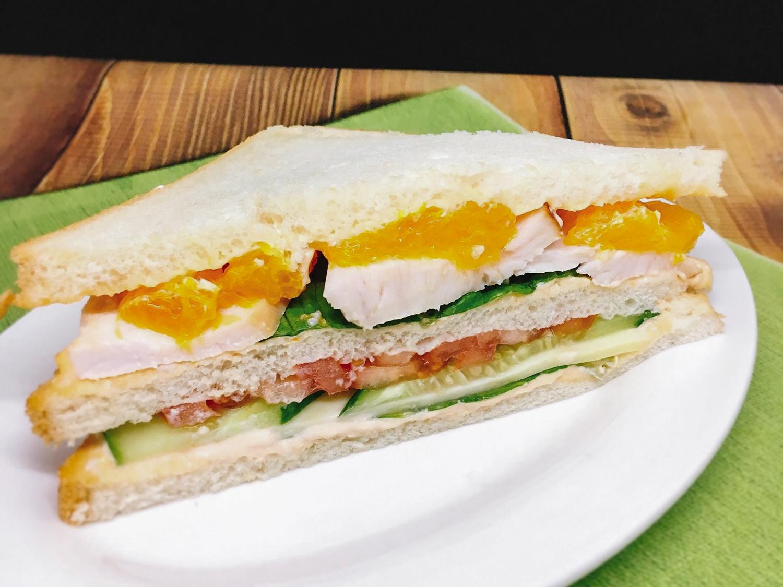 Сэндвич Чикен с копченой курочкой