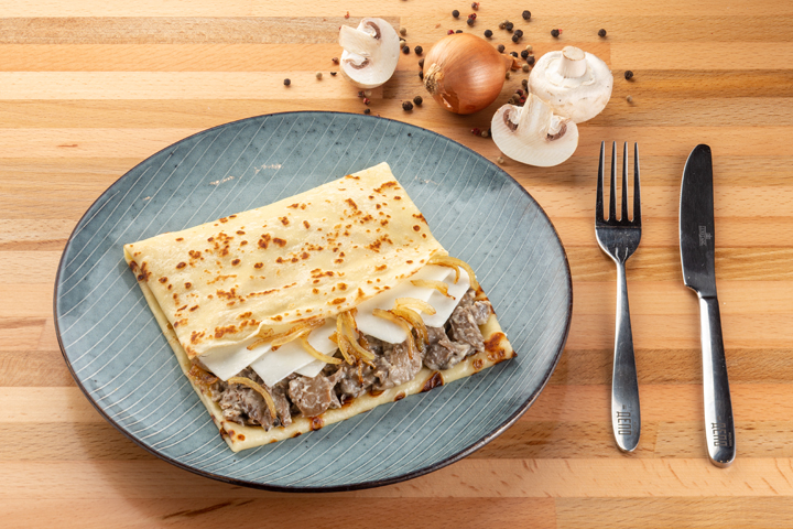 Блин Козий сыр с грибами и луком