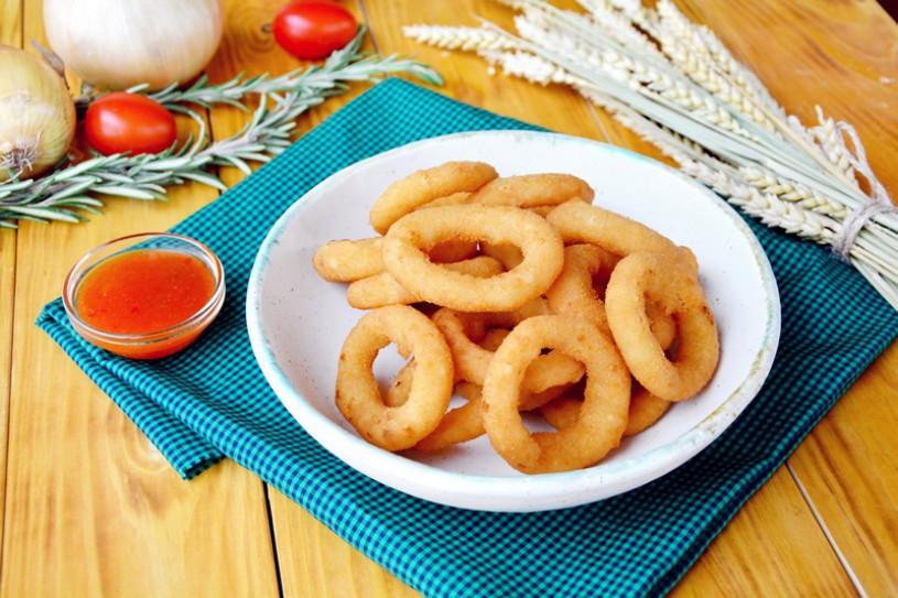 Луковые кольца с соусом «Сладкий Чили»