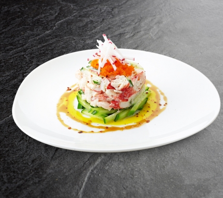 Салат с мясом камчатского краба и креветками