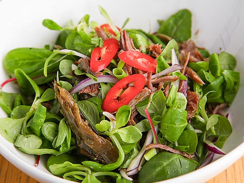 Стейк-салат с чили