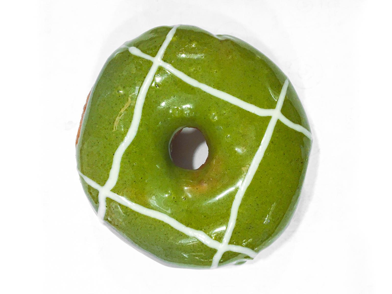 Пончик Матча чай-ванильный крем