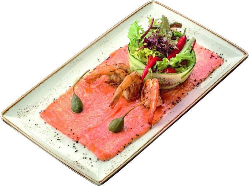 Филе лосося и креветки