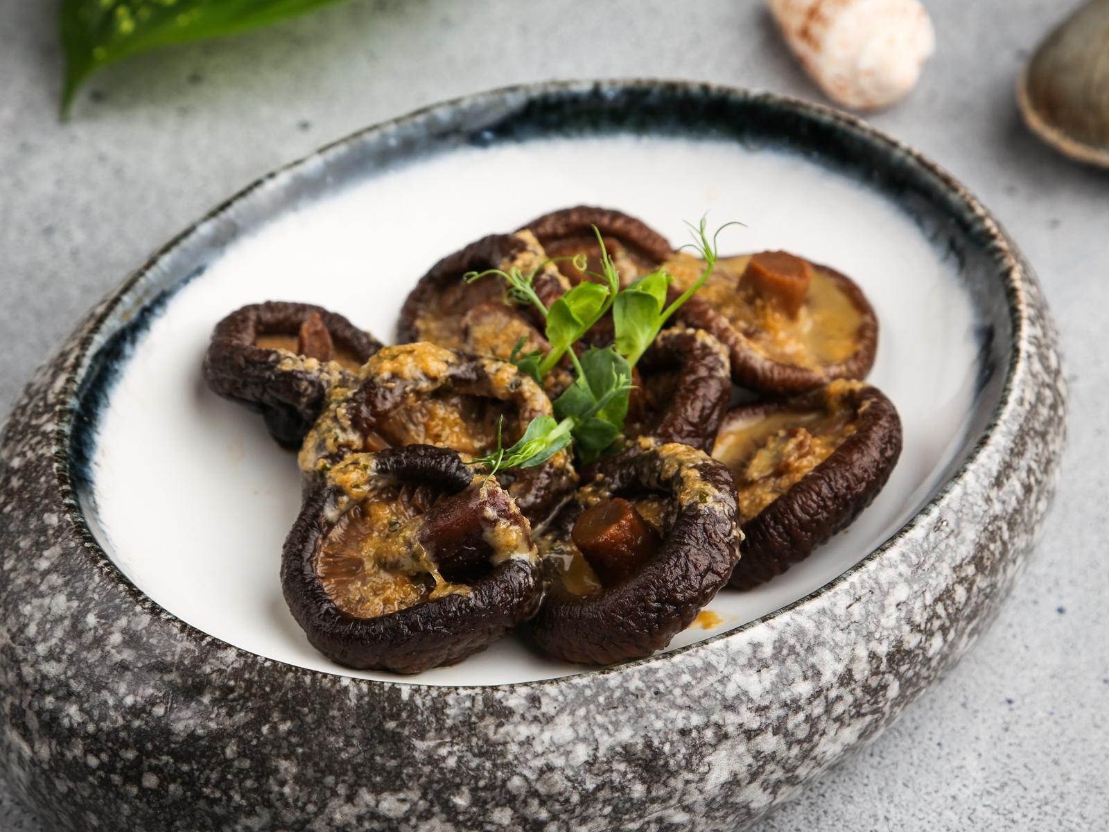 Грибы шиитаке в маринаде