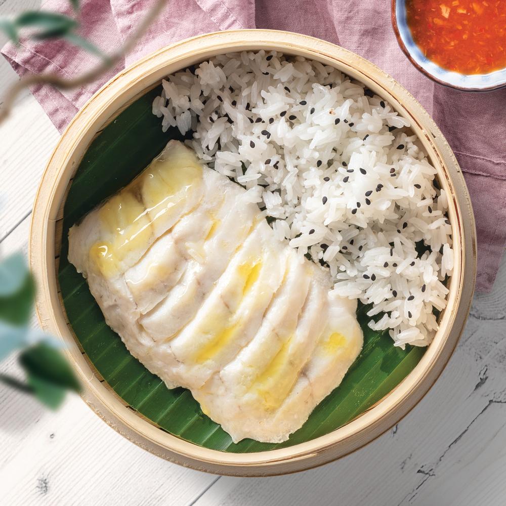 Сибас на пару в тайском соусе