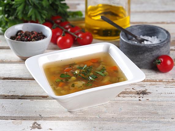 Суп овощной с зеленым горошком
