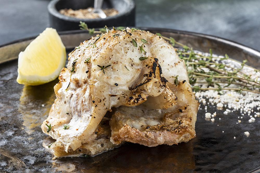 Креветочная рыба-гриль с соусом тартар