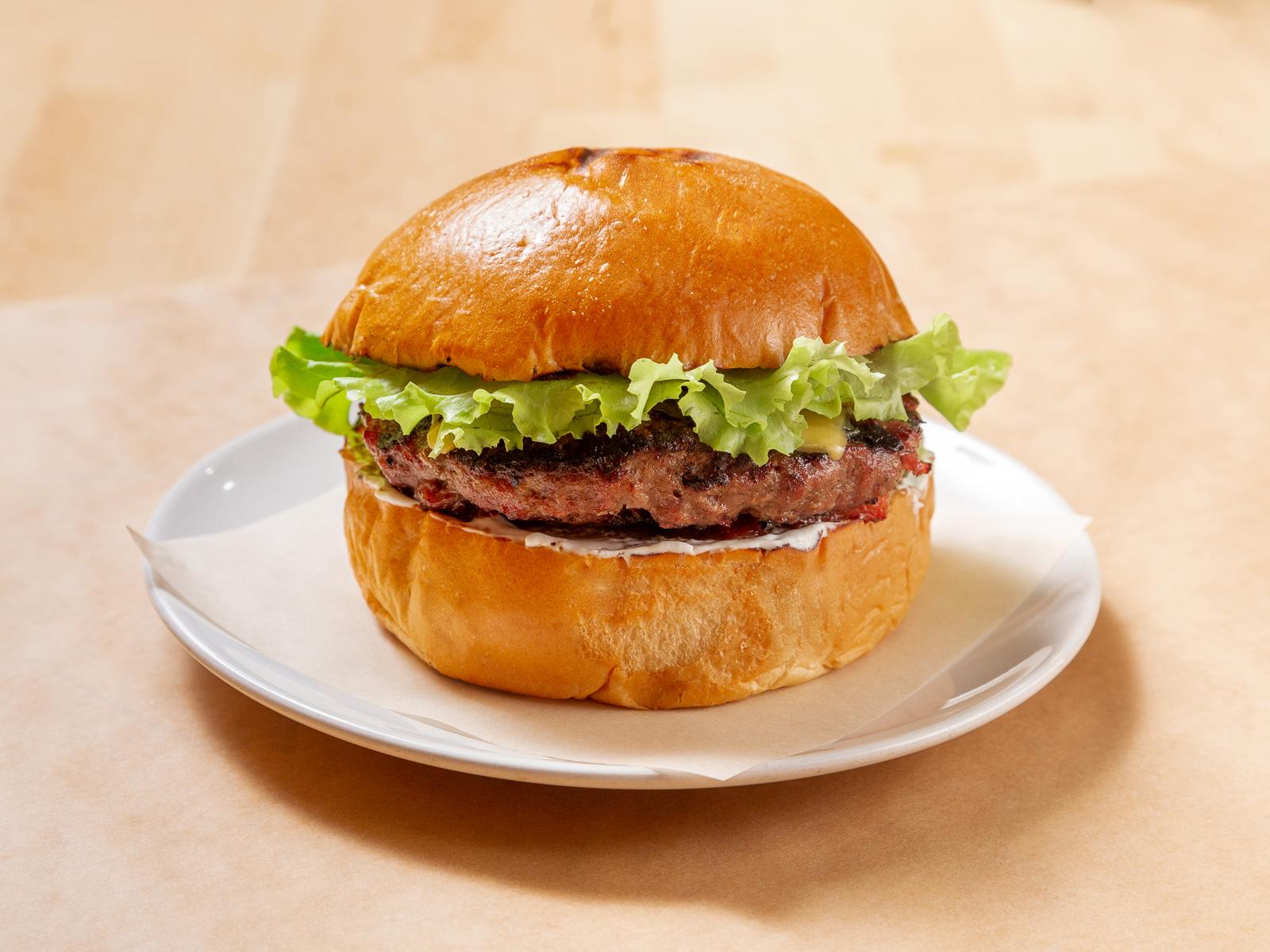 Бургер с бараниной