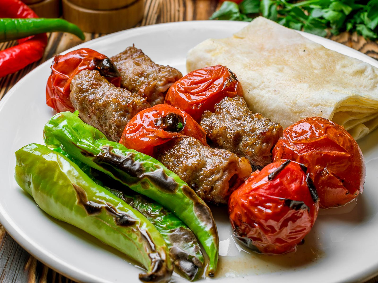Доматес-кебаб