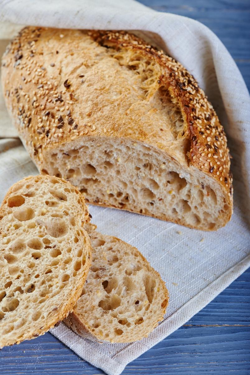 Хлеб Зернышко