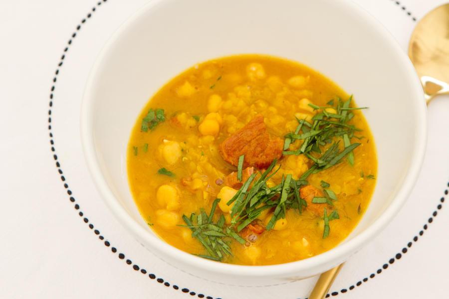 Традиционный суп харира
