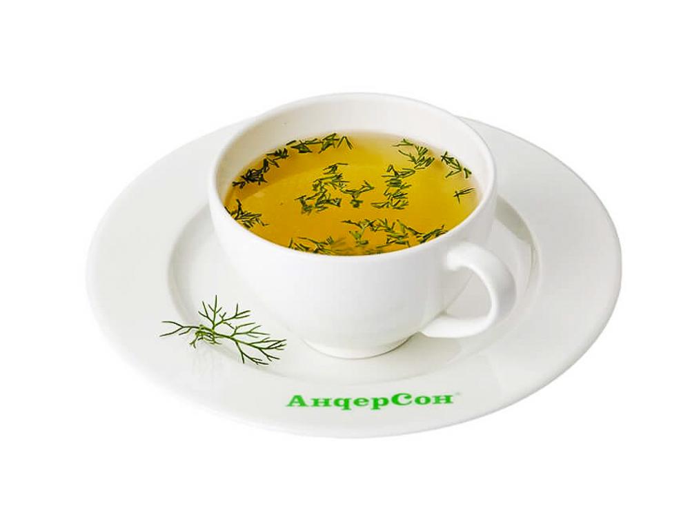 Чашка бульона с зеленью