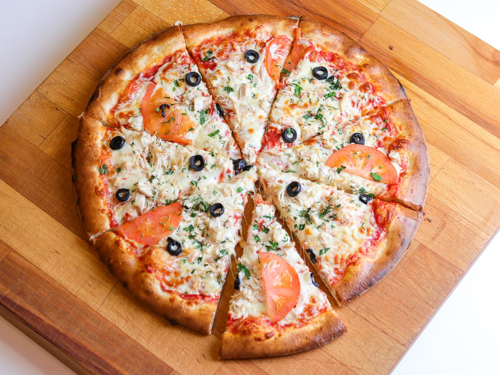 Пицца Куриная на пышном тесте