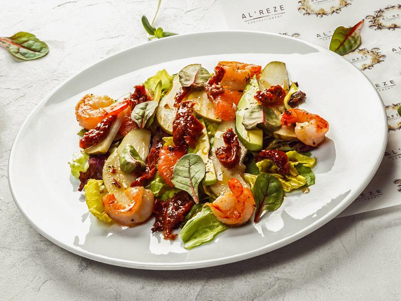 Салат теплый с креветками