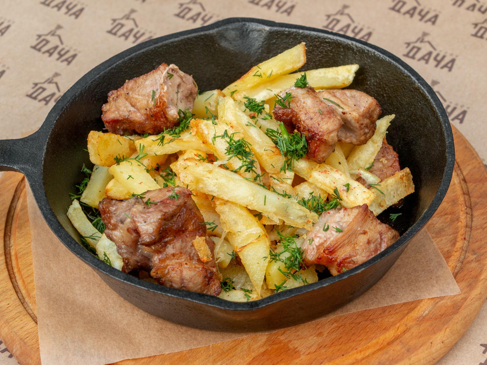 Сковородка с картофелем и мясом