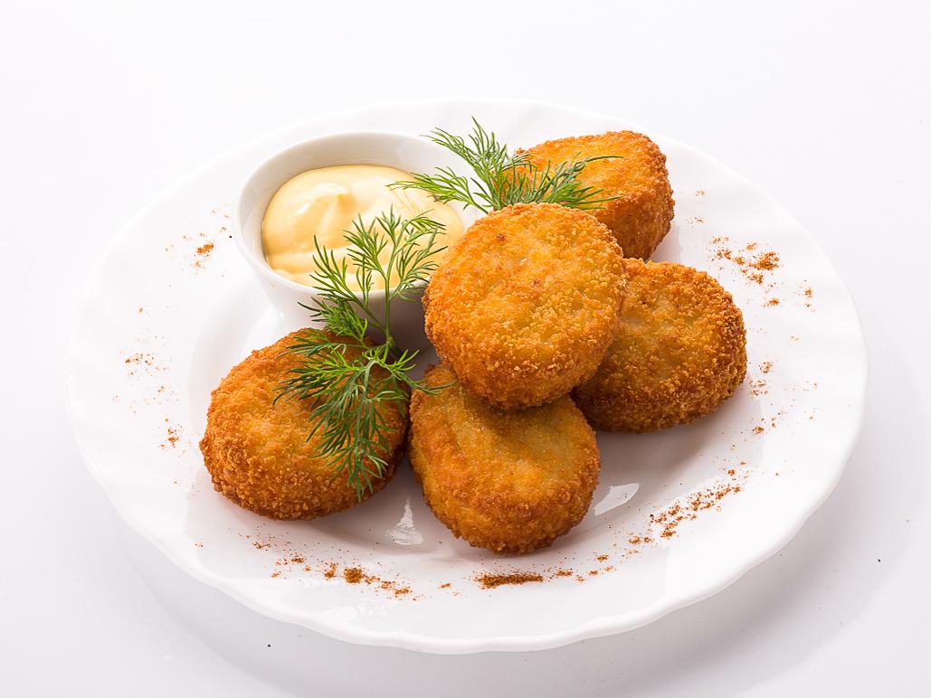 Наггетсы с сырным соусом