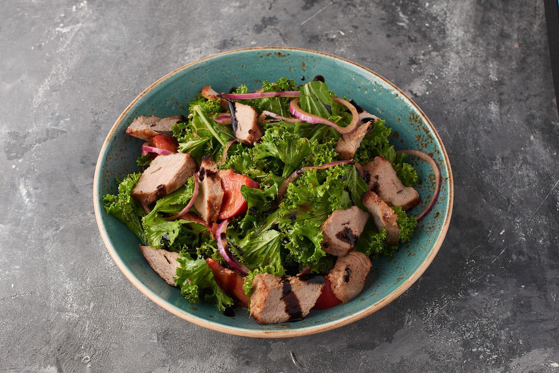 Салат из телятины с кейл