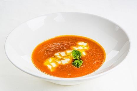 Томатный крем суп с моцареллой