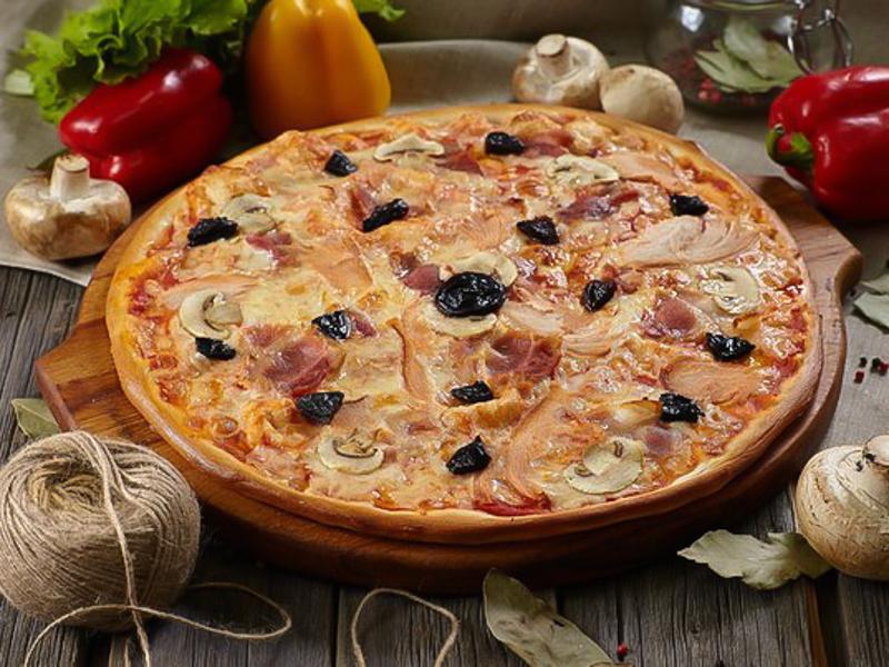 Пицца Ассорти из копченостей