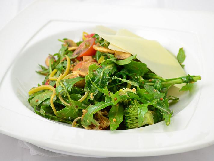 Салат овощной по-деревенски