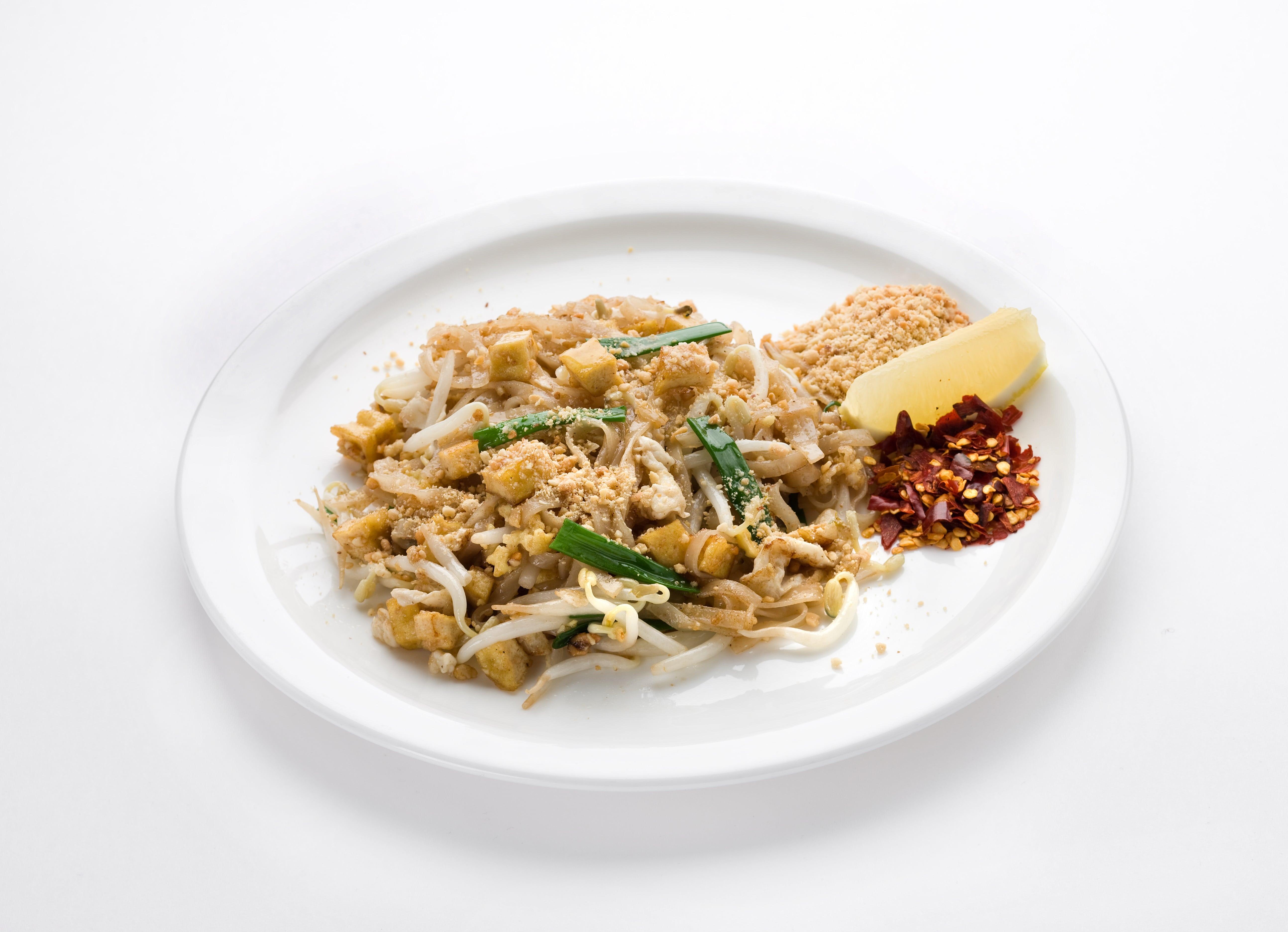 Рисовая лапша с креветками Пад Тай