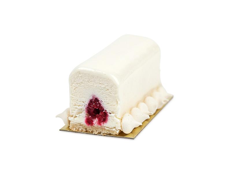 Пирожное Творожное с малиной