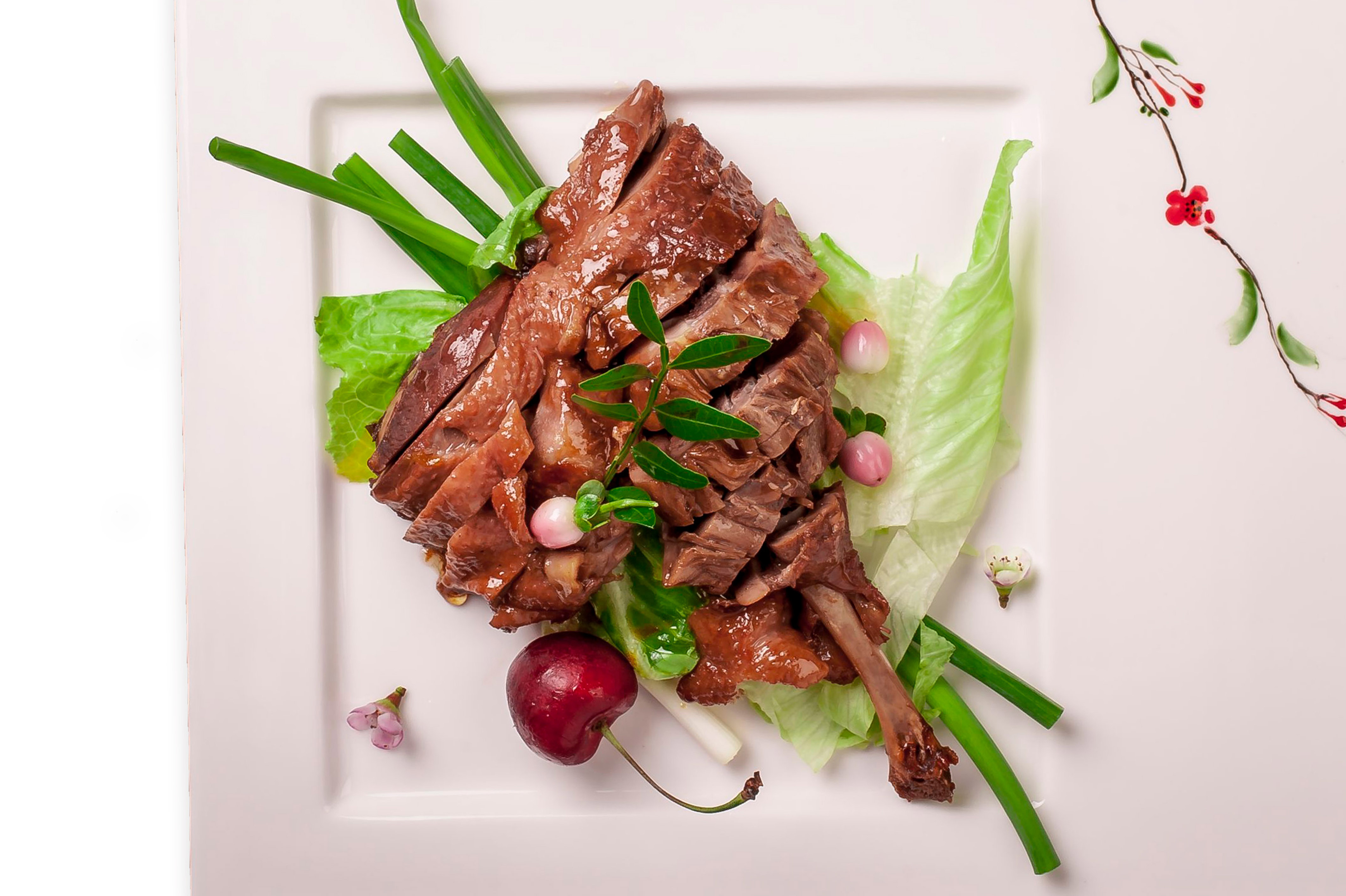 Теплый салат с уткой по-ханчжоуски