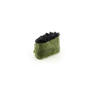 Суши с черным масаго