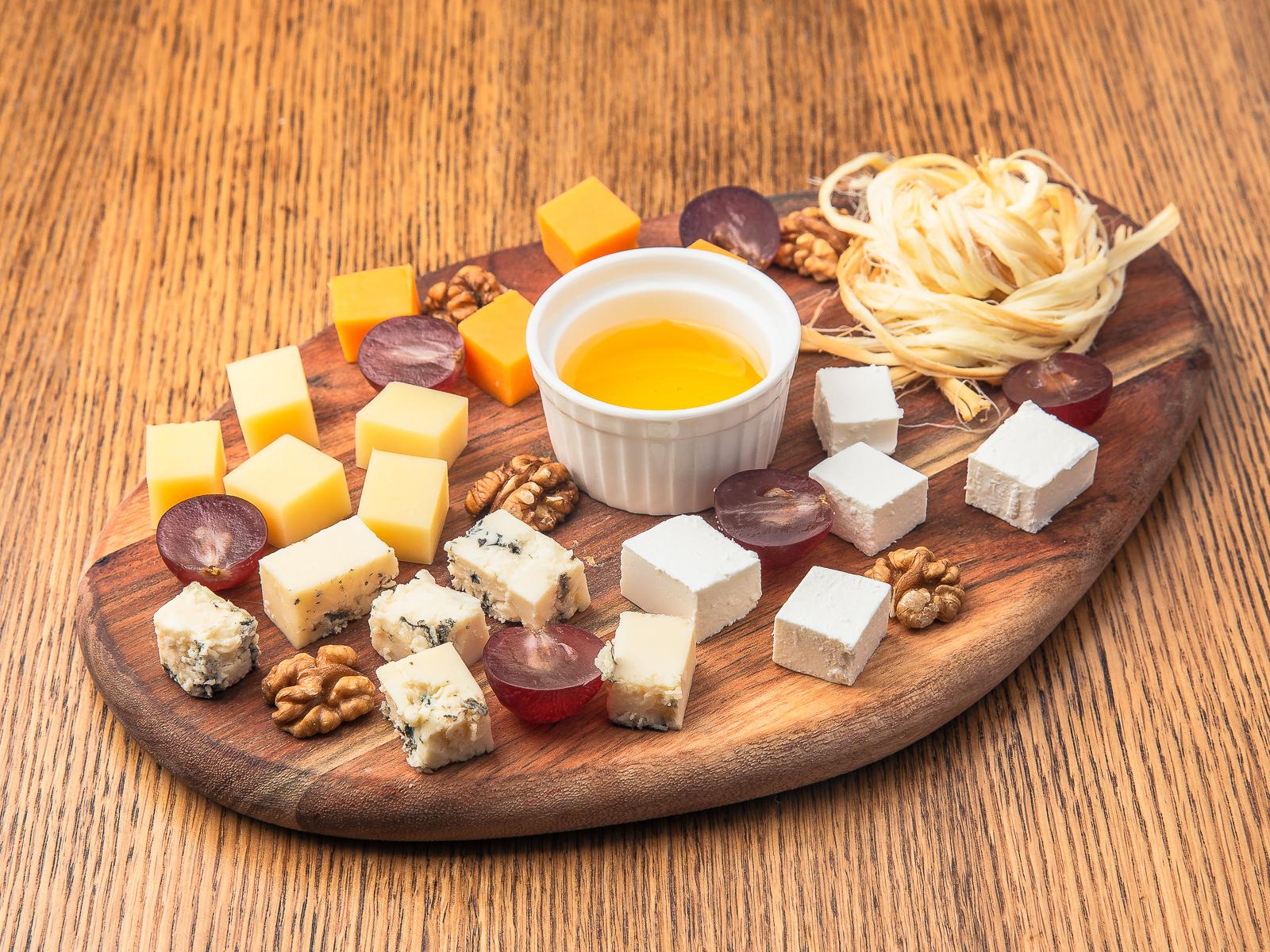 Закуска Сырное Ассорти