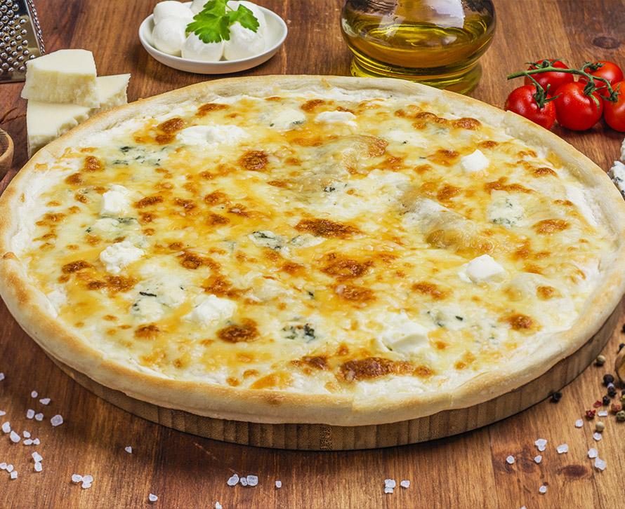 Пицца Четыре сыра классическая
