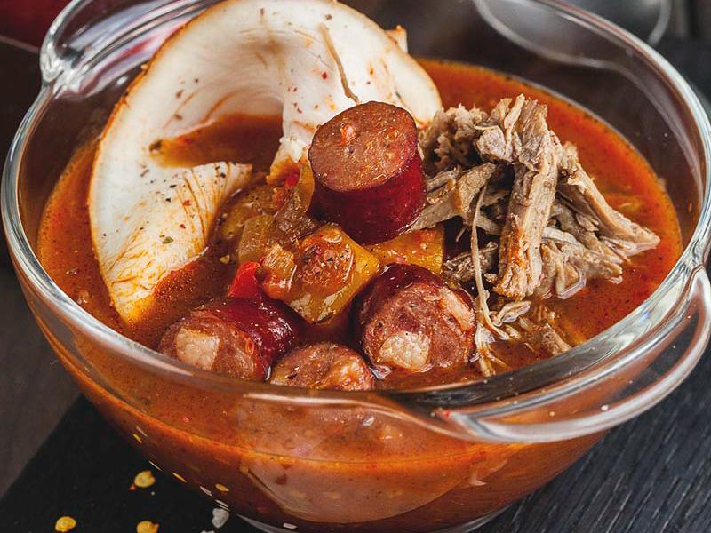 Традиционный луизианский суп Гамбо